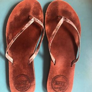 Leather Reef flip flops